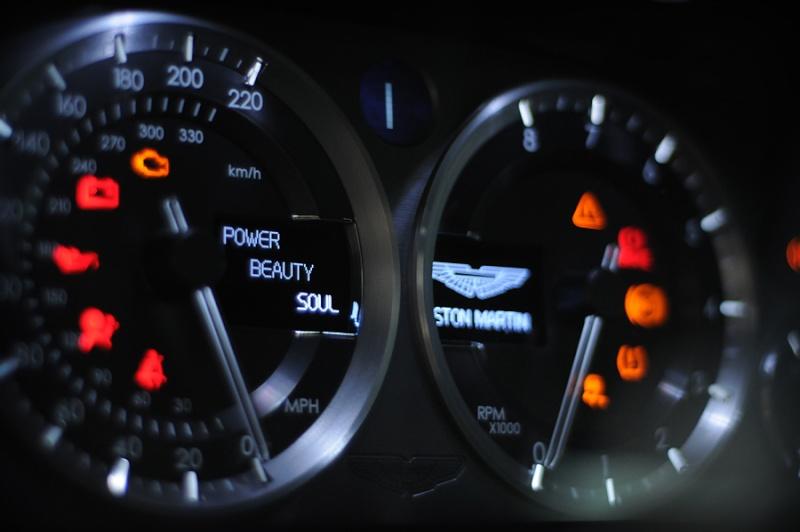 Aston Martin Aston_14