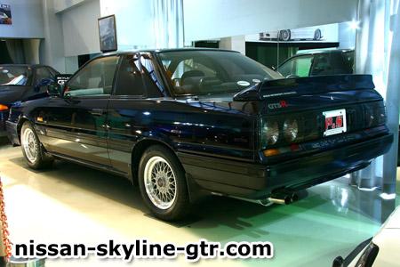 Skyline GT R Skylin10
