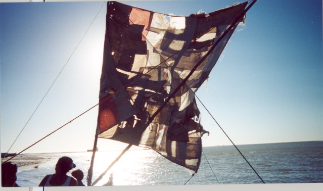 [Dives campagne Madagascar] EN PIROGUE A MADAGASCAR Numari10