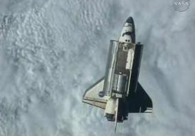[STS-128: Discovery] suivi de la mission. - Page 2 Base5314