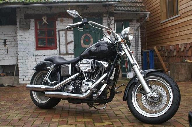 DYNA WIDE GLIDE, combien sommes-nous sur Passion-Harley Divers17