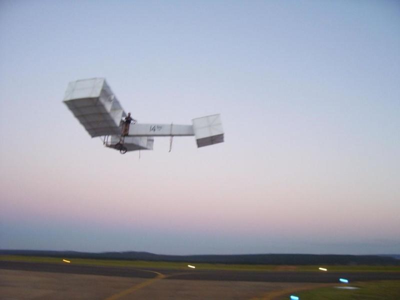 Não tenho 100 anos mais vi o 14BIS voar!!! 14bisv12