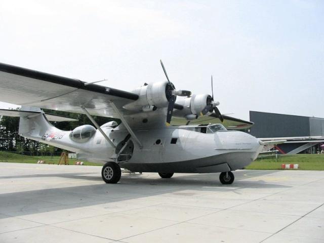 Voando atrvés do tempo - PBY Catallina 800px-12
