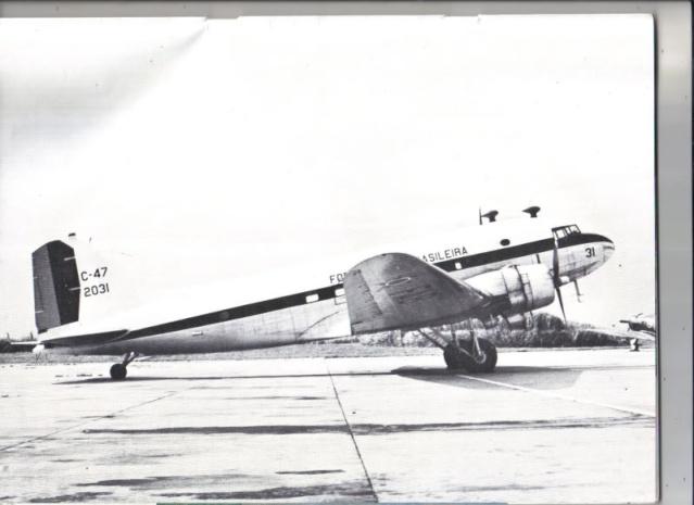 DOUGLAS DC3 C-47-f11