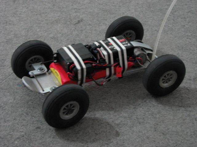 ideia para fazer um carro RC Carro_10