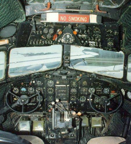 DOUGLAS DC3 Dc3coc10