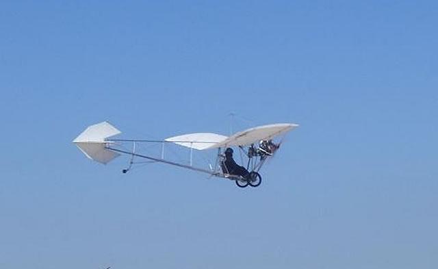 Não tenho 100 anos mais vi o 14BIS voar!!! Demois16