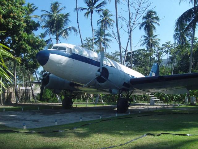 VISITE  UM DC3 EM PACATUBA - CE Pacatu10