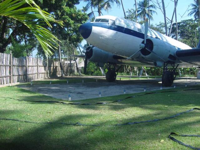 VISITE  UM DC3 EM PACATUBA - CE Pacatu11