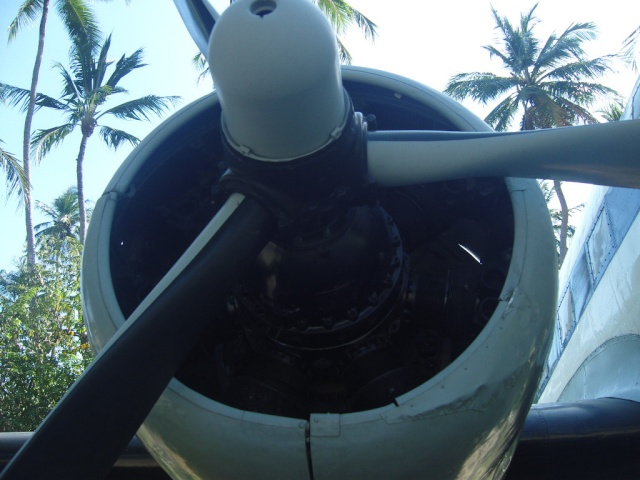 VISITE  UM DC3 EM PACATUBA - CE Pacatu21