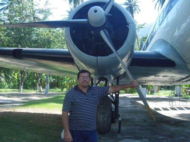 VISITE  UM DC3 EM PACATUBA - CE Pacatu24
