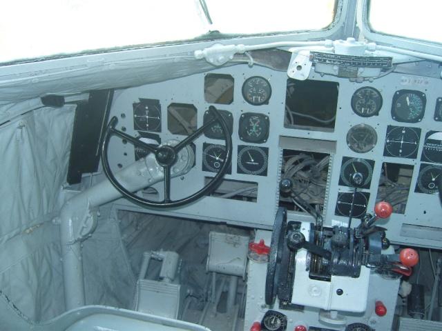 VISITE  UM DC3 EM PACATUBA - CE Pacatu30