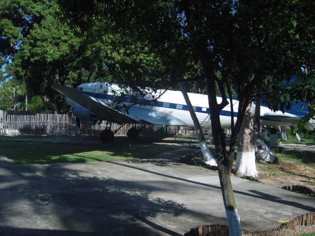 VISITE  UM DC3 EM PACATUBA - CE Pacatu35