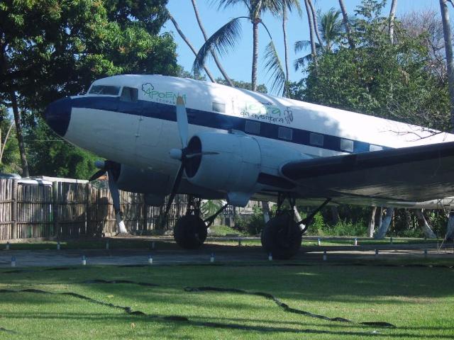 VISITE  UM DC3 EM PACATUBA - CE Pacatu37
