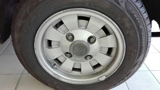VENDO 5 cerchi Cromodora da 13 x 6 originali d'epoca Img_2010
