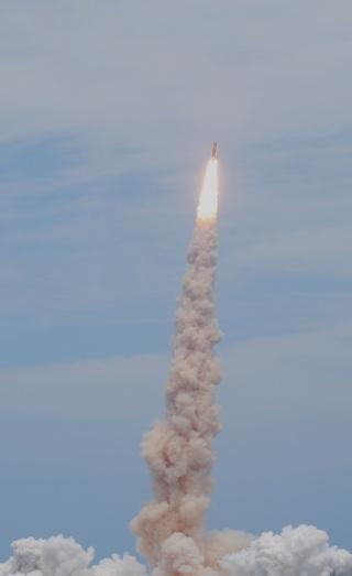[STS-125] Atlantis : suivi du lancement (11/05/2009) - Page 11 A1110