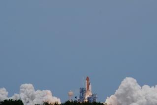 [STS-125] Atlantis : suivi du lancement (11/05/2009) - Page 11 A510
