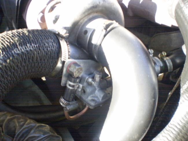 R25 Turbo D Robinet pression de turbo_Fabrication maison Pb210010