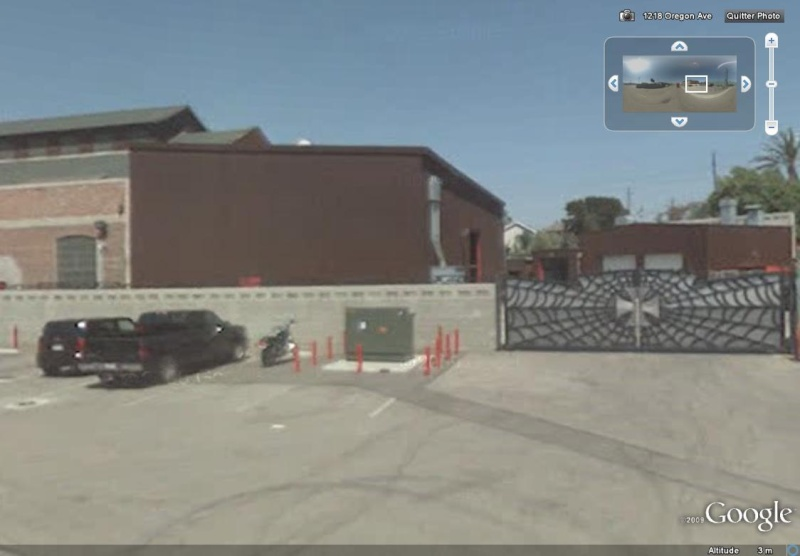 STREET VIEW : bâtiments insolites, hors normes, connus... 310