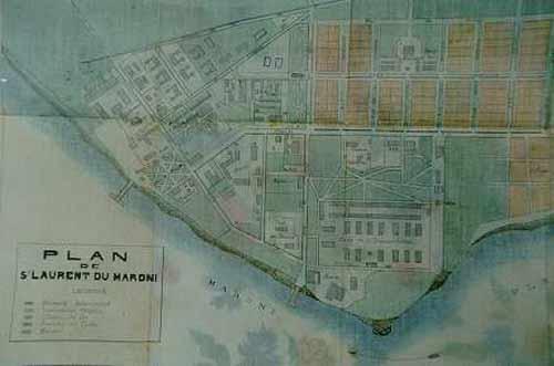 Bagnes et Camps d'internement / déportation découverts avec Google Earth - Page 3 Stlaur11