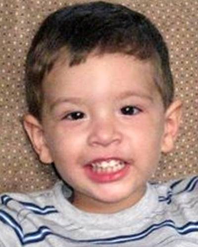 Ethan Fernando Ellis allegedly abducted by his mother, Carla Velasco, on October 17, 2009 in Spring Texas/  May have traveled to Bolivia Ncmc1110