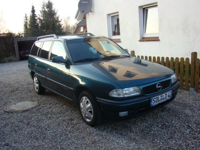 Könnte mal jemand meinen astra F caravan Faken? Opel_a11