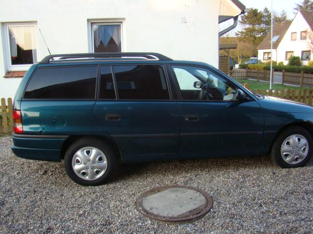 Könnte mal jemand meinen astra F caravan Faken? Opel_a12