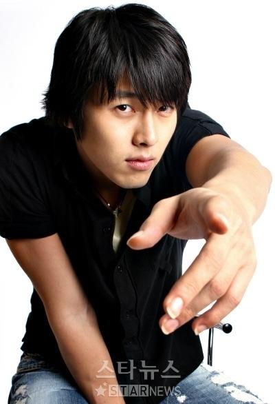 ---Hyun Bin----- 9c715510
