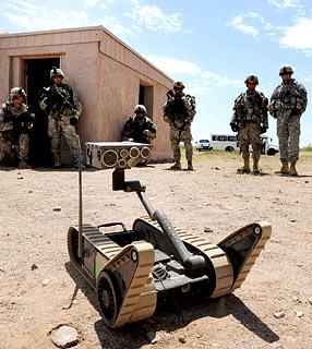 EUA testam veículos não tripulados e robôs como soldados 12922110