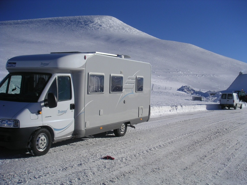 vends camping-car HYMER Col_6310