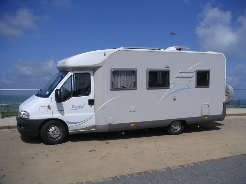 Vends camping-car HYMER TRAMP 655 Plages13