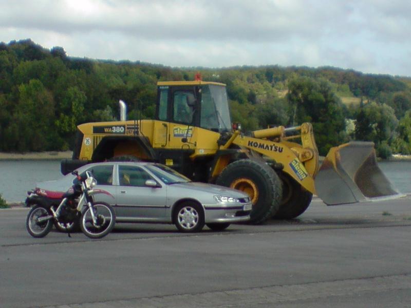 votre xl bien entouré (voiture,moto,trotinette ...etc)(2009) - Page 2 P1109011
