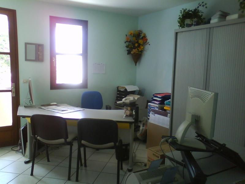 Relooking bureau professionnel de MELBA .... couleurs des mu Dsc00612