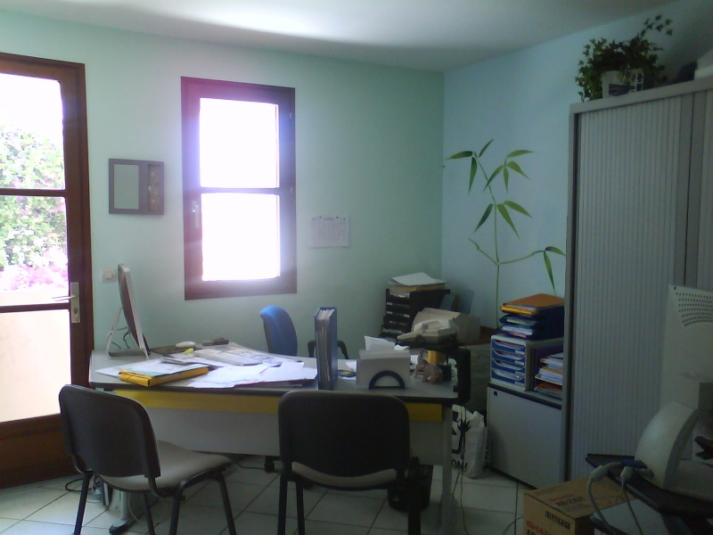 Relooking bureau professionnel de MELBA .... couleurs des mu Dsc00624