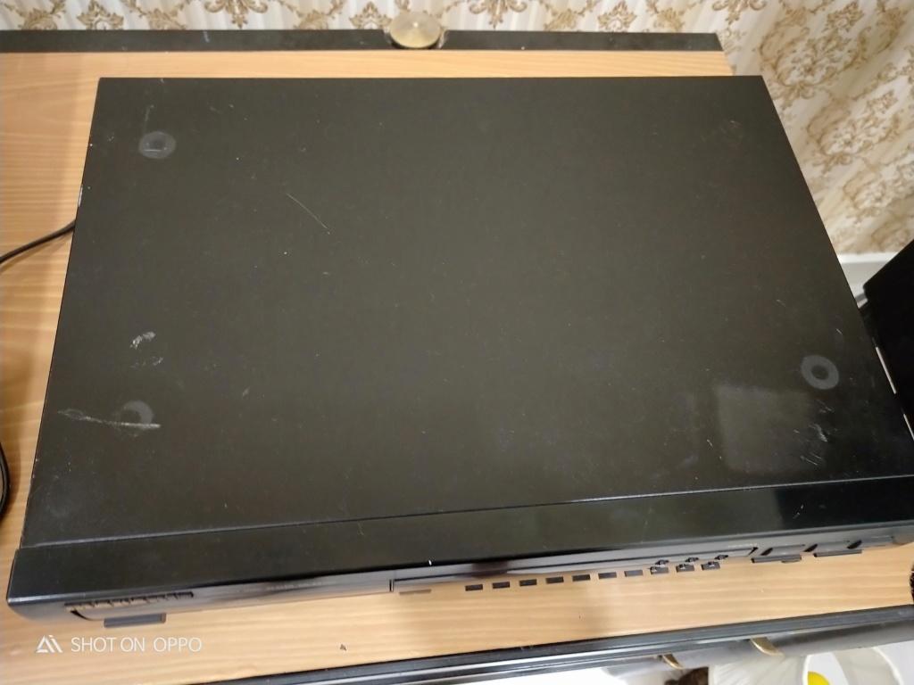 Marantz CD player 63 KI Signature ( Used ) Img20128