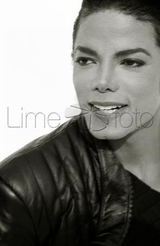 Michael's Sexy Smile 6534_210