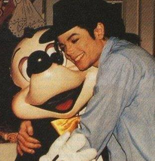 Your fav MJ Pictures ! Please post yours.. 4671_111