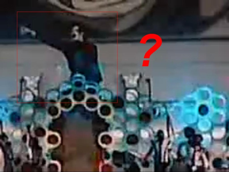 Is it really a hologram? Janet's VMA tribute to Michael Jackson Or_thi10