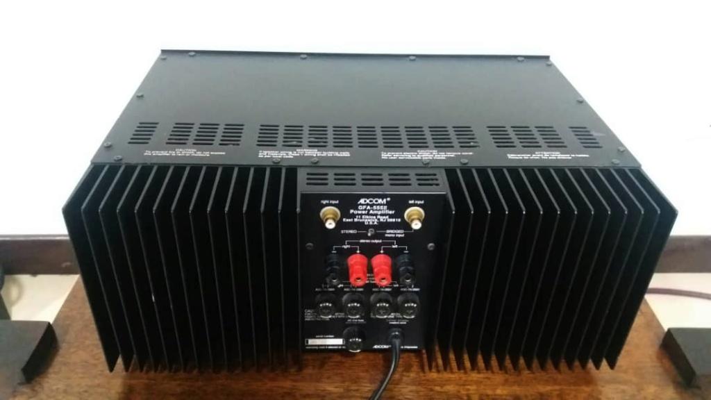 Adcom GFP 555 MK2 Preamp + Adcom GFA 555 MK2 Power Amplifier Adcom410