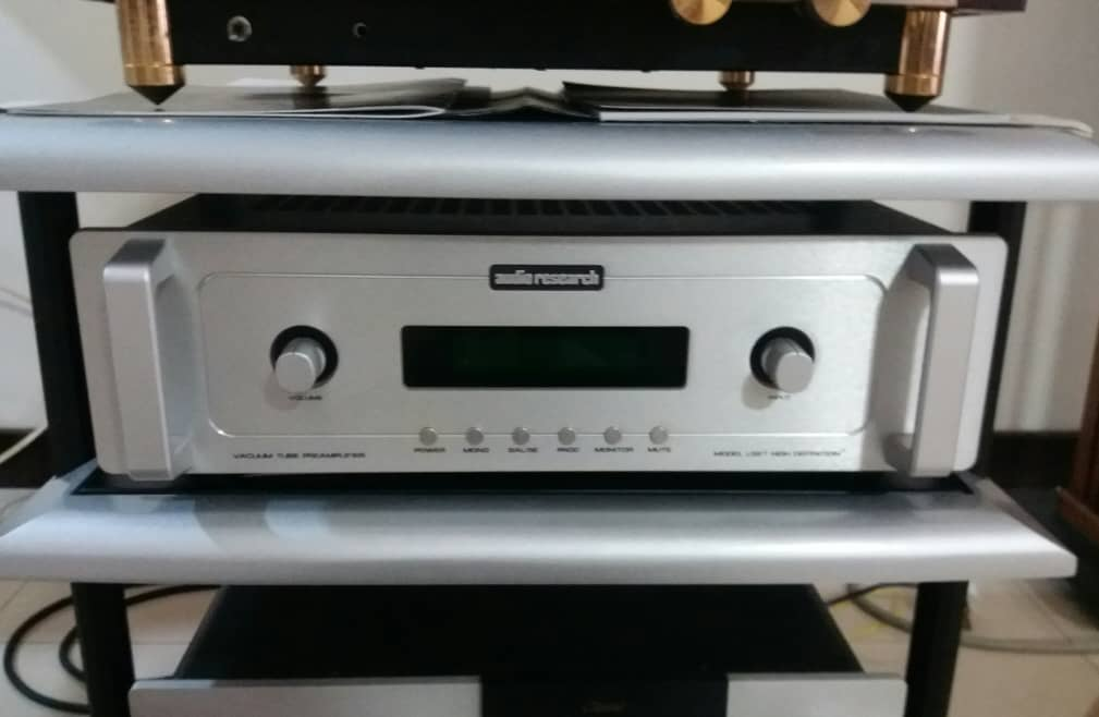 Audio Research LS27 Preamplifier Ar10