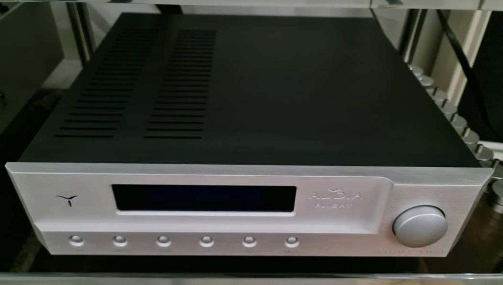 Audia Flight Flight TWO Integrated Amplifier Audiaf19