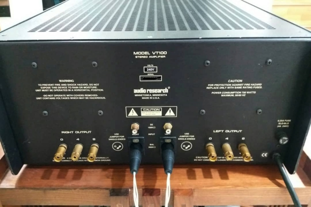 Audio Research VT100 Tube Stereo Power Amplifier Audio611