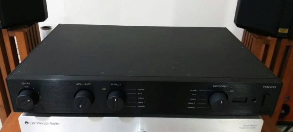 Audiolab 8200Q Class A preamp  Audiol12