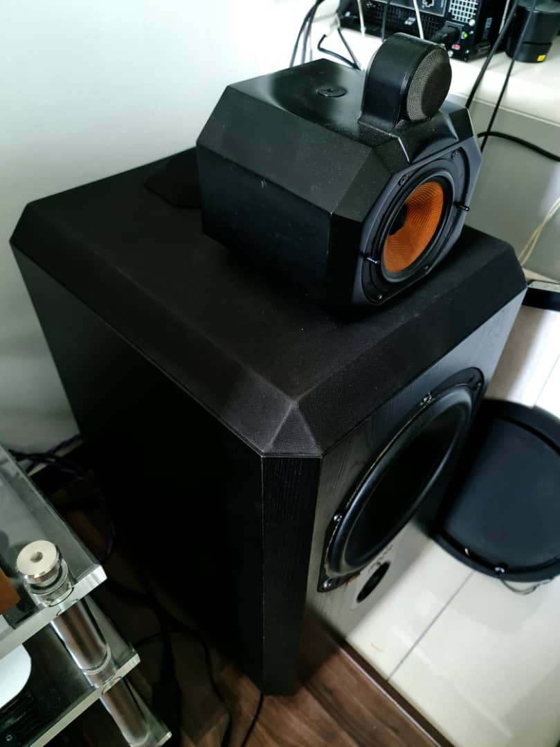 B&W Matrix 801 Series 2 Speakers.  B320