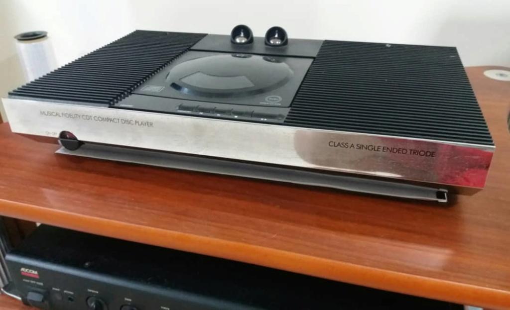 Musical Fidelity CDT Valve CD Player Cdt210