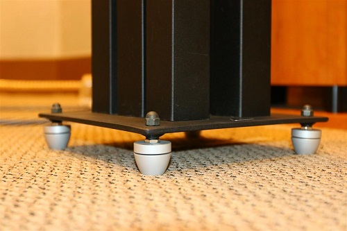 HiFi Equipment & Speakers Ball bearing Footers. Cera110