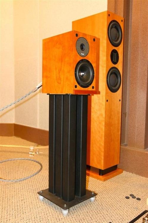 HiFi Equipment & Speakers Ball bearing Footers. Cera210