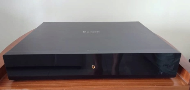 Densen DM20 & DM30 Pre-Amplifier and Dual-Mono Power Amplifier Set D413