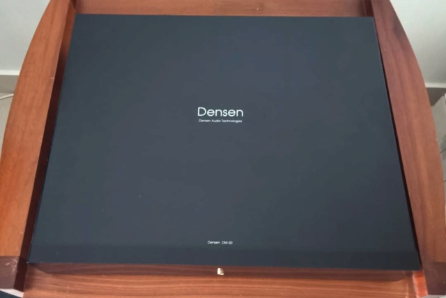 Densen DM20 & DM30 Pre-Amplifier and Dual-Mono Power Amplifier Set D611