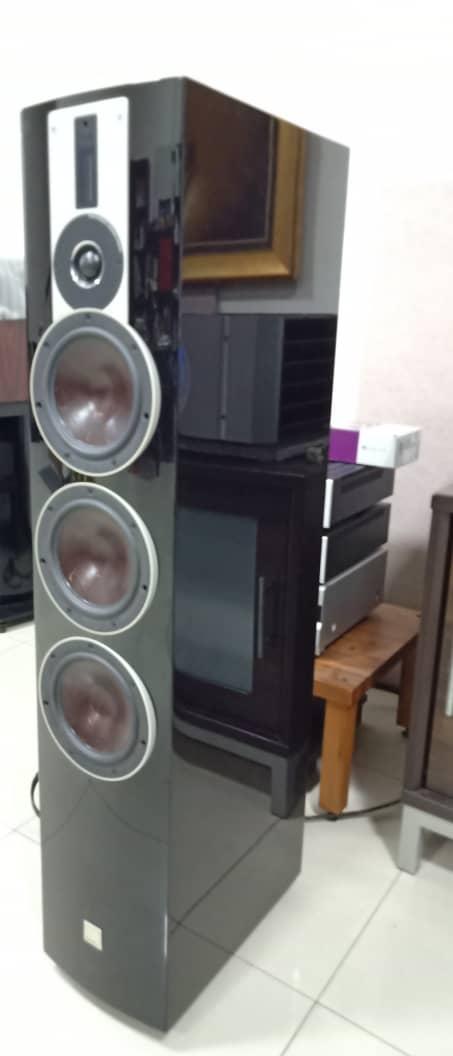 Dali Rubicon 8 - Dali Flagship Rubicon Speakers Dali410